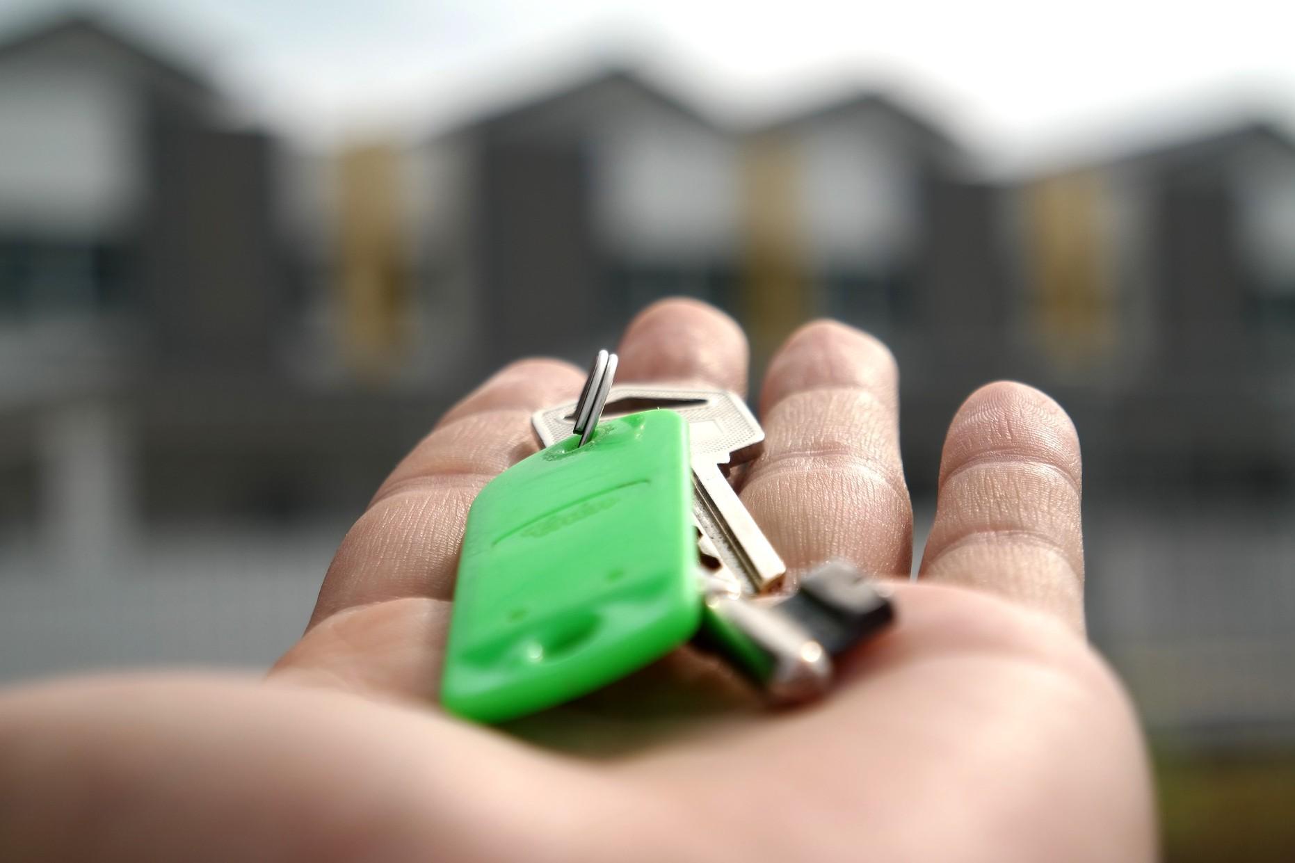Stabil kilátások és ketyegő árbomba az ingatlanpiacon
