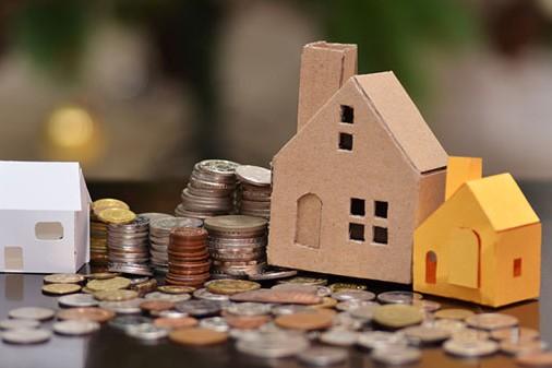 Közös költség hátralék – A régi vagy az új tulajdonos fizessen-e?