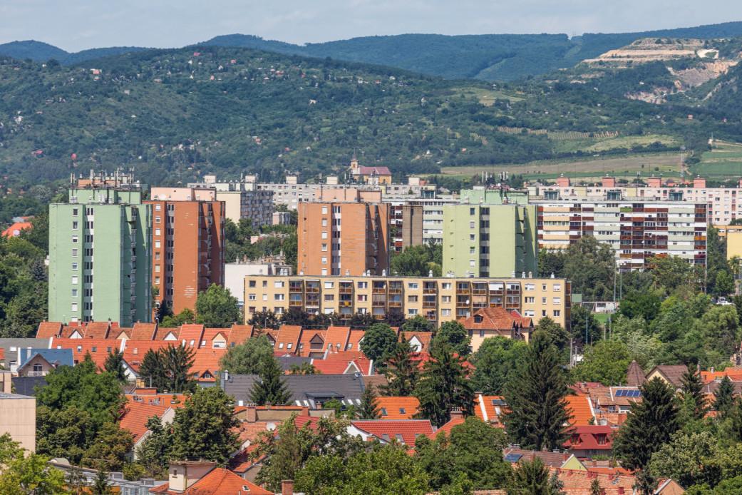 Nem csak Budapesten pörög az ingatlanpiac: ezek az észak-magyarországi városok a legfelkapottabbak