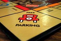 Lassan már csak a Monopolyban lesz ingyenes a parkolás