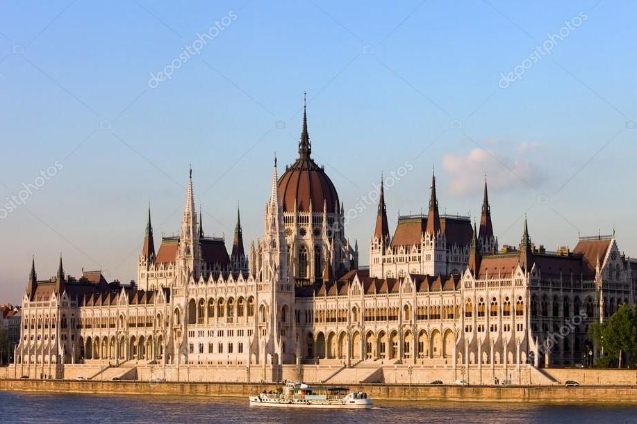 Budapest kiteheti a megtelt táblát