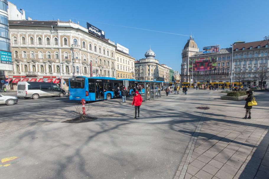 Újabb fejlesztések kezdődnek a fővárosban: ennyiből újulhat meg a rakpart és a Blaha Lujza tér